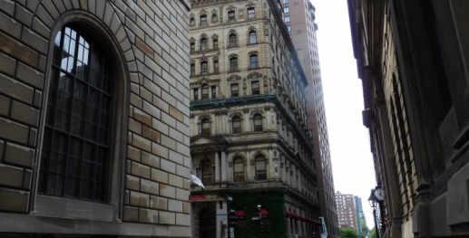 Old Montr�al business district