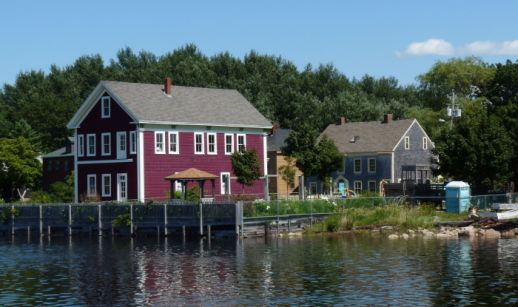 annapolis-royal-houses-from-wharf.jpg