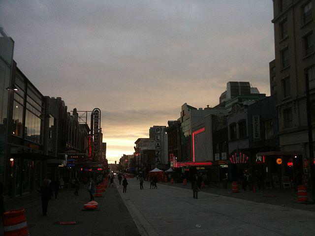 http://www.vanramblings.com/uploads/sunset-tues-oct-6-09-at-the-fest.jpg